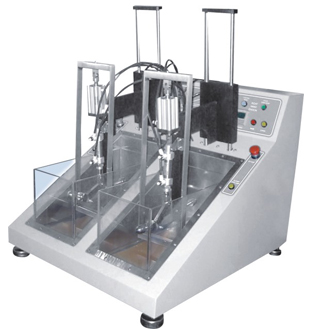 Dynamic shoe waterproof testing machine